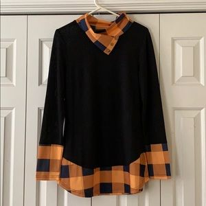 Lightweight, long sleeve blouse!